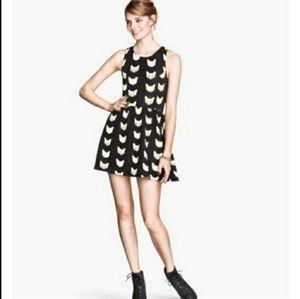 H&M Divided Black & White Flared Cat Dress. Size M